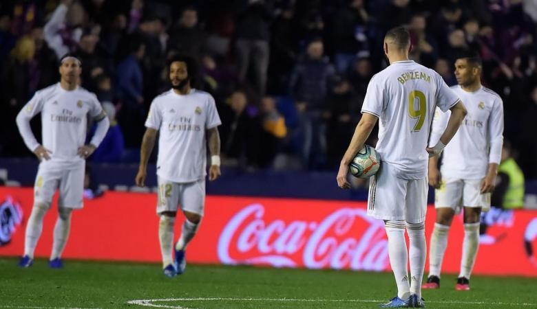 ريال مدريد يفقد الصدارة قبل لقاء الكلاسيكو