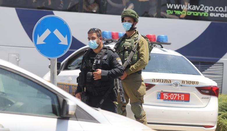 """""""اسرائيل """" تفرض الإغلاق على بعض الأحياء بسبب كورونا"""