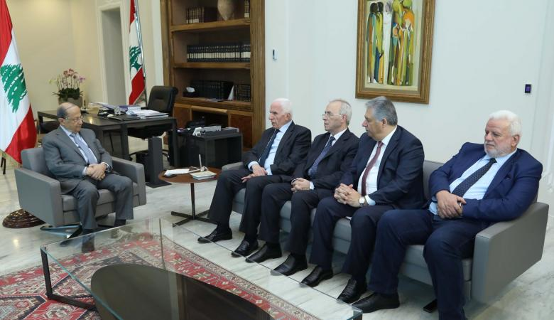 الاحمد يسلم الرئيس اللبناني رسالة خطية من الرئيس عباس