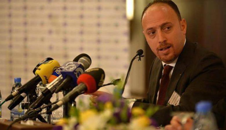 مستشار الرئيس يحذر الشباب من الاستسلام واليأس للاحتلال