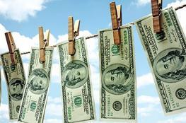 الدولار في اعلى مستوى له منذ 13 عاماً ونصف