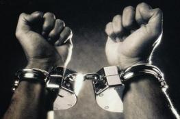 الشرطة تقبض على أب وابنه بتهمة سرقة أجهزة خلوية بقيمة 40 ألف شيقل في بيت لحم