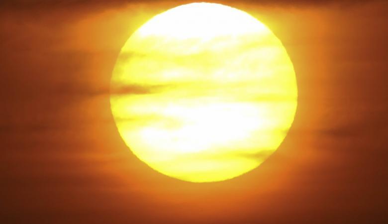 حالة الطقس : موجة شديدة الحرارة تضرب فلسطين