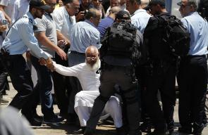 الاحتلال يصعد من اجراءاته بالاقصى بعد عملية القدس