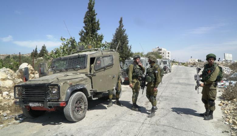 إصابة 8 شبان واعتقال 3 ثلاثة طلاب بمواجهات مع الاحتلال شرق رام الله