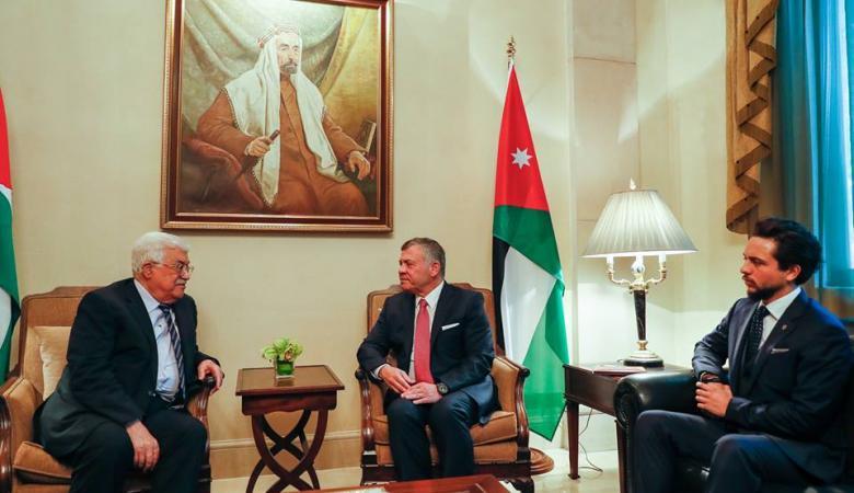 جلسة مباحثات بين الرئيس عباس والعاهل الأردني في عمان