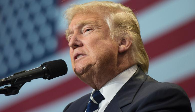 مدير الاستخبارات الامريكية السابق لترامب : عليك ان تخجل من نفسك