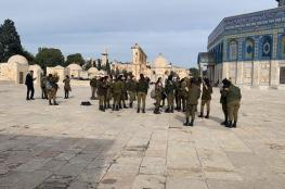 مستوطنون وعناصر من قوات وشرطة ومخابرات الاحتلال يقتحمون الأقصى