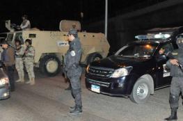 """مقتل """" 8 """" عناصر من الامن المصري في هجوم على نقطة تفتيس"""