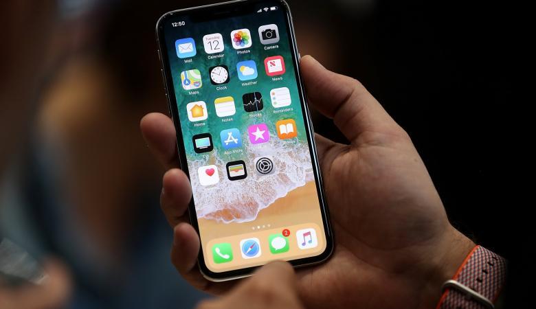 مستخدمو هاتف آيفون X يشتكون من الصوت في أجهزتهم