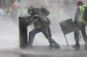 آلاف الفرنسيين يتظاهرون للاسبوع الثاني على التوالي في باريس احتجاجا على ارتفاع الأسعار