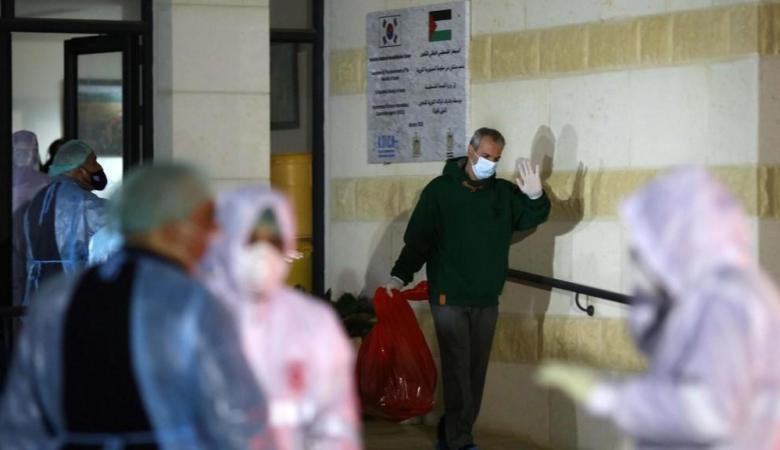 النساء أقل إصابة بفيروس كورونا في فلسطين