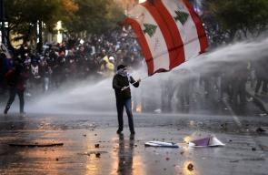 75 اصابة في مواجهات عنيفة بين القوى الامنية والمتظاهرين وسط بيروت