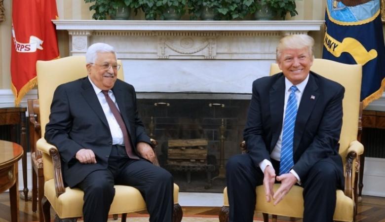 قناة عبرية تزعم: استئناف الاتصالات بين السلطة والإدارة الأمريكية