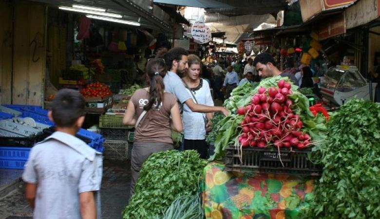 غلاء المعيشة يرتفع في فلسطين خلال الشهر الماضي