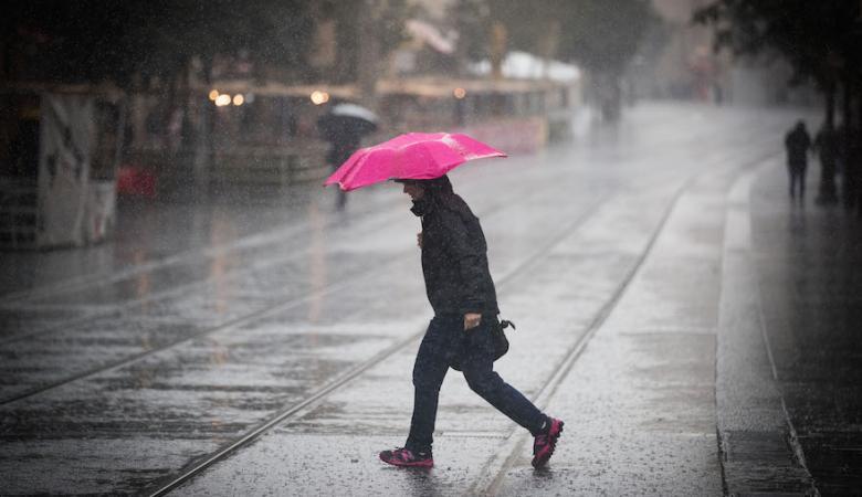لاول مرة منذ 26 عاما ..منخفض جوي مصحوب بأمطار
