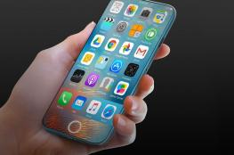 آبل تخطط لإطلاق هاتف آيفون بشاشة OLED