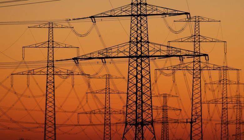 فلسطين توقع اتفاقية لزيادة نسبة الكهرباء المستوردة من الاردن