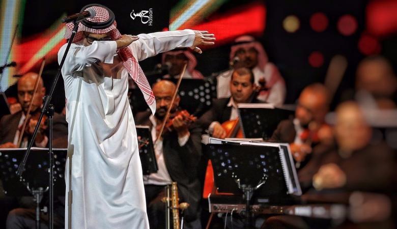 الرياض  تتوعد مطرب سعودي مشهور بالاعتقال بسبب هذه الحركة ..شاهد