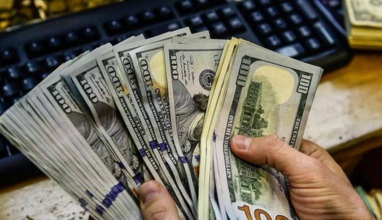 سعر صرف الدولار يتراجع مقابل الشيكل