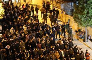 آلاف المواطنين في الخليل ادو صلاة الجمعة في الحرم الابراهيمي الشريف