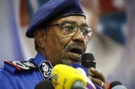"""مبارك يحذر من الانقلاب على الرئيس السوداني """"البشير """""""