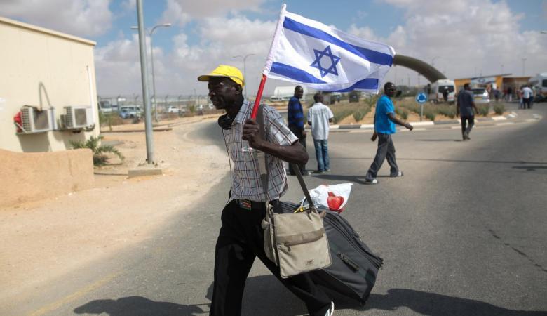 اسرائيل تفرج عن أكثر من 200 مهاجر غير شرعي