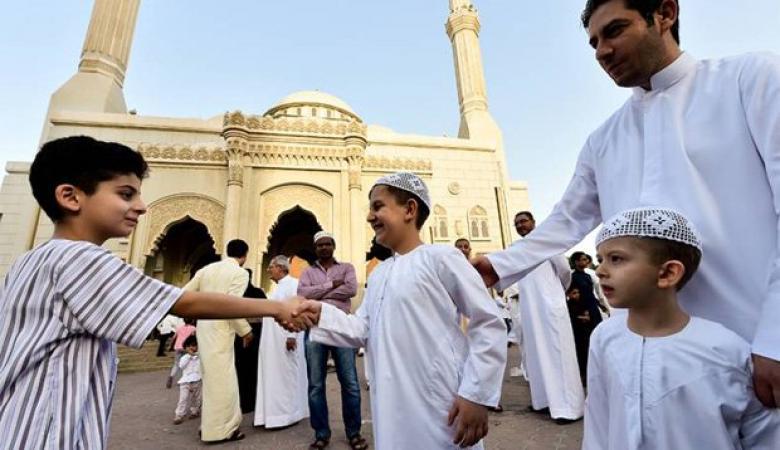 دول تعلن الاثنين أول أيام عيد الفطر