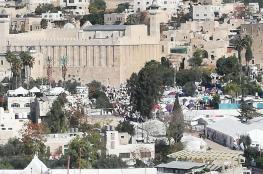 آلاف المستوطنين يقتحمون الحرم الابراهيمي الشريف