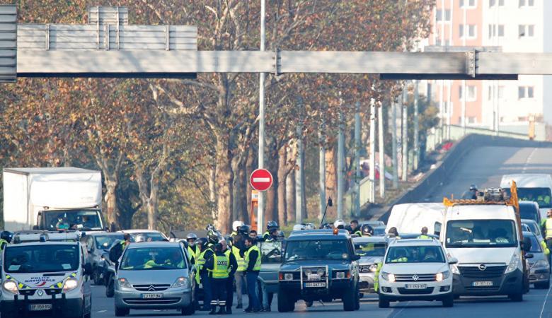 مقتل متظاهرة فرنسية دهساً خلال احتجاجات ضد الغلاء