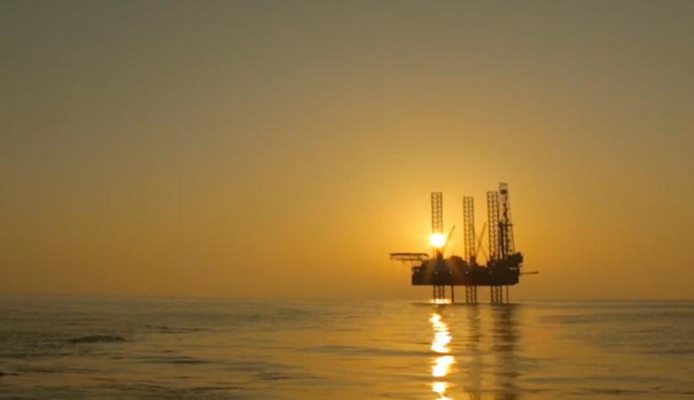 الامارات تعلن نجاحها في حفر أحد أطول آبار النفط في العالم