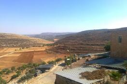 الاحتلال يواصل جرف أراضٍ في خربة يانون جنوب نابلس