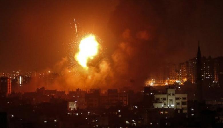 الطيران الاسرائيلي يقصف مواقع بغزة رداً على مسيرات العودة
