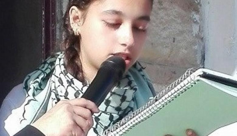 """ابنة الاسير عبدالله البرغوثي """"من حقي اشوفك واعيش معك """""""