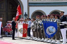 قيس سعيد يطالب التونسيين بالتبرع بيوم  عمل شهرياً لسداد الديون