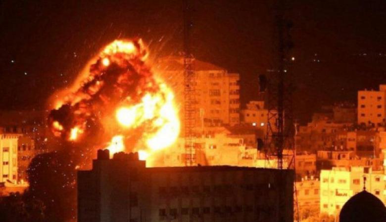 طائرات الاحتلال تقصف موقعا غرب خان يونس