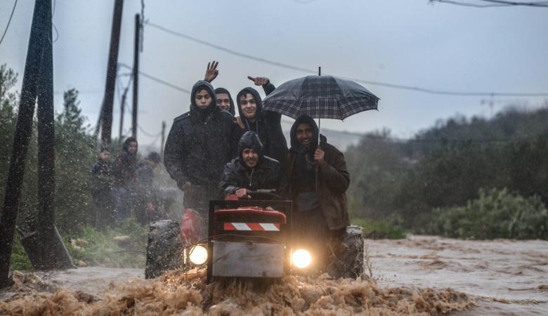 باحثون : الامطار التي هطلت على فلسطين لا تزال قليلة