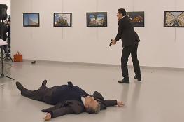 صورة قتل السفير الروسي في تركيا تحصل على صورة العام 2017
