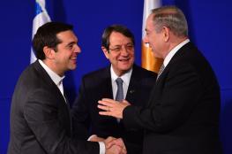 نتنياهو  يواجه فشله في الحرائق بتوقيع اتفاقيات مع اليونان وقبرص