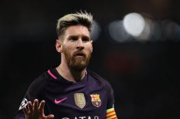 ميسي يطالب برحيل 3 لاعبين عن برشلونة