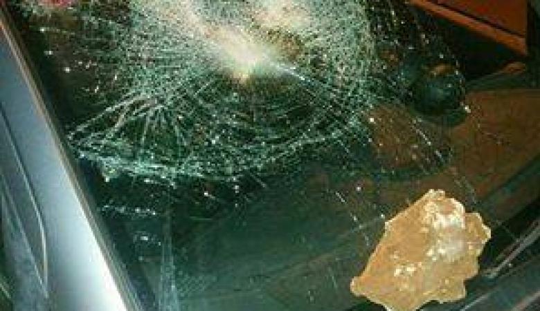 اصابة مستوطنة بعد تعرضها للرشق بالحجارة شمال الضفة الغربية