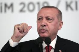 اردوغان يتوعد الأكراد باستئناف العمليات العسكرية ضدهم
