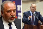 """بينيت يتهم ليبرمان بـ """"الاستسلام"""" لحركة حماس"""
