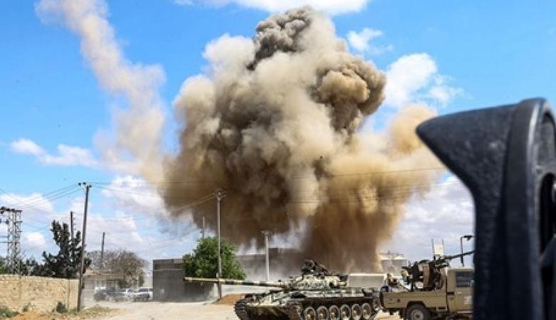 28 قتيلا بقصف طيران أجنبي داعم لحفتر على طرابلس