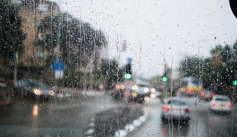 حالة الطقس : منخفض جوي عميق يعبر فلسطين اليوم