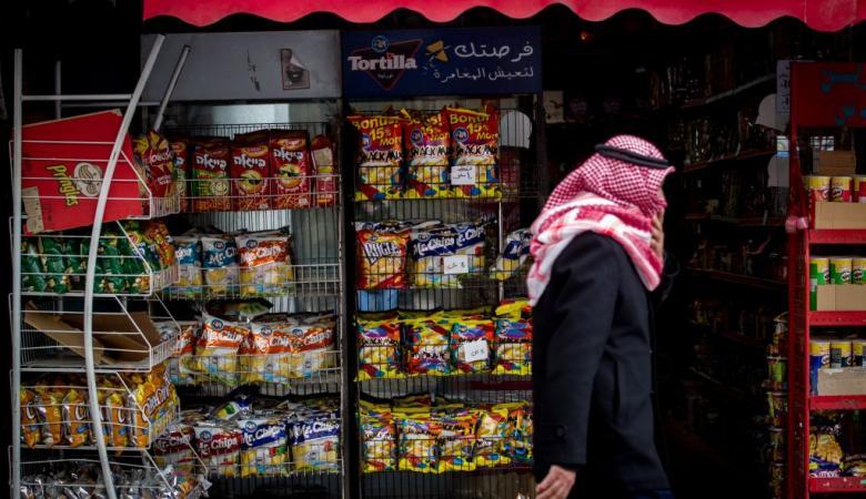 الحكومة تؤكد استمرار منع إدخال المنتجات الإسرائيلية
