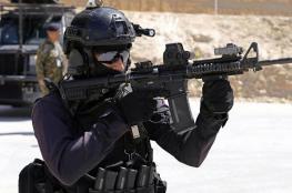 """مسلحون يحتجزن """" 14 """" رهينة في الكرك ويقتلون 7 افراد من الامن والمدنيين"""