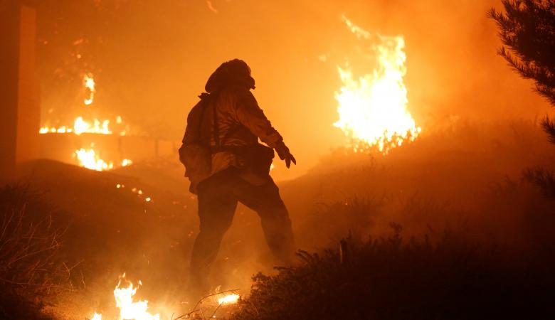 الحرائق والاعاصير والثلوج كلفت أميركا خسائر تقدر  بـ306 مليارات دولار