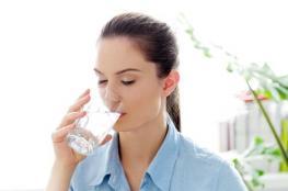 خطأ شائع: يجب أن تتناول 8 أكواب مياه يوميا