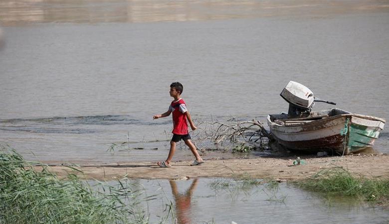 ايران تقطع المياه عن العراق